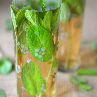 Sweet Moroccan Mint Tea (Hot or Iced) Recipe